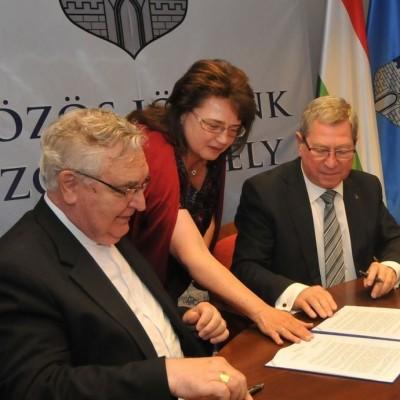 Háromoldalú megállapodás Szombathely városa, a Pannonhalmi Főapátság és a Szombathelyi Egyházmegye között