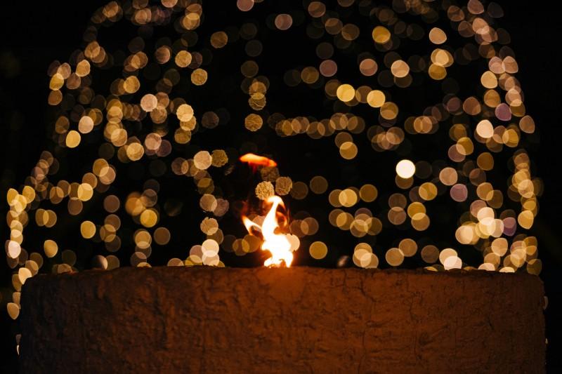 Az adventi koszorú negyedik gyertyájának meggyújtása ünnepi liturgia keretében - A negyedik gyertyát meggyújtja: Dr. László Győző alpolgármester